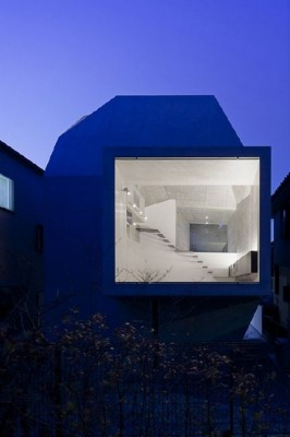 modern-shape-architecture-japanese-gallery-house-7